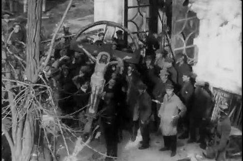 """Кадр из фильма """"Симфония Донбасса"""""""