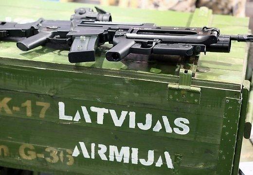 Армию Латвии привели вбоеготовность из-за русских войск уграницы