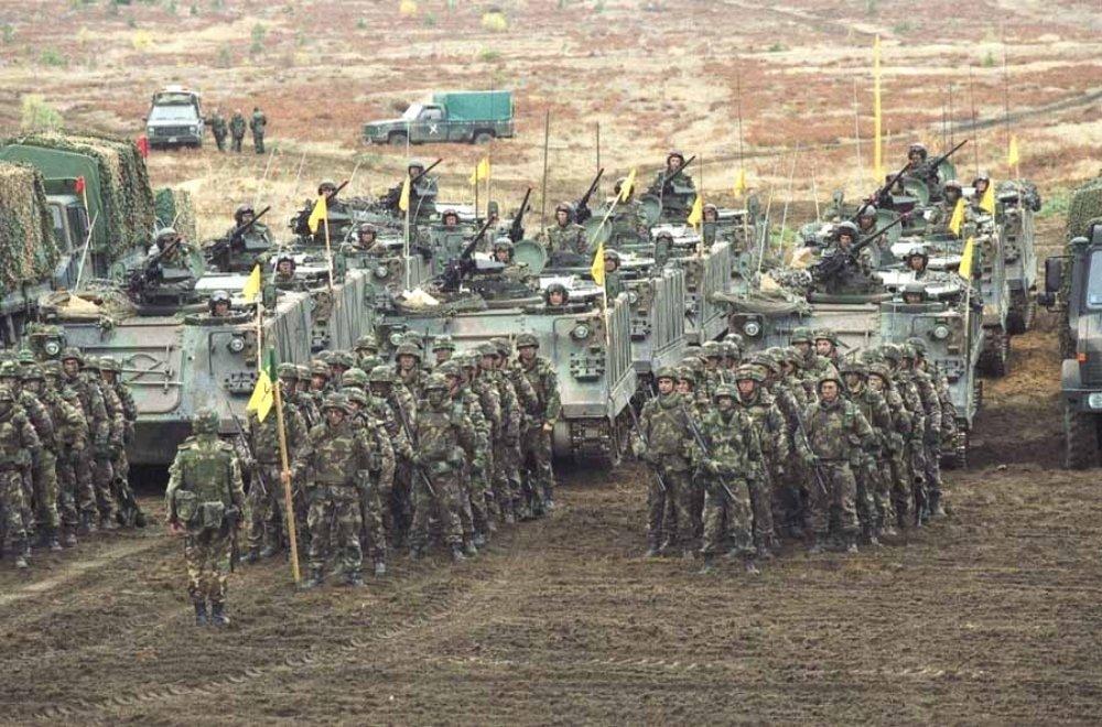 EUObserver: Центральная Европа увеличила военные расходы из-за «угрозы России»