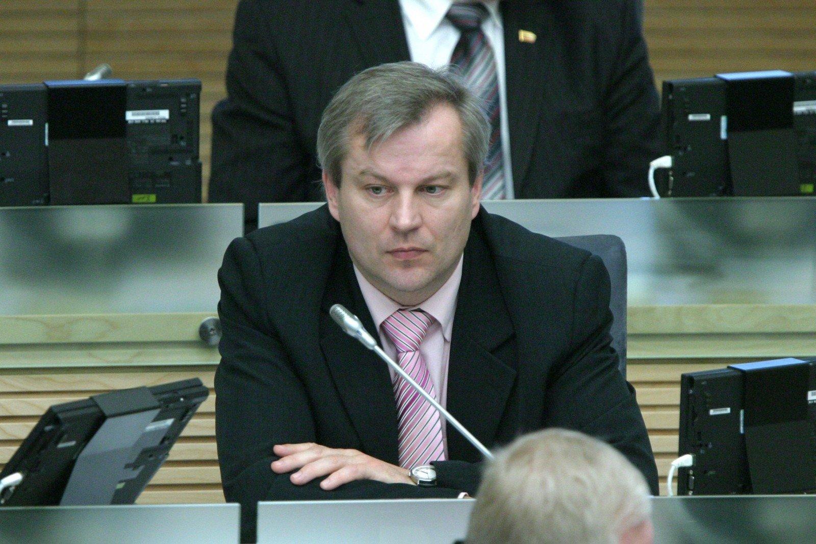 Вице-спикер Сейма Литвы ушел в отставку из-за «порочащих» связей с РФ