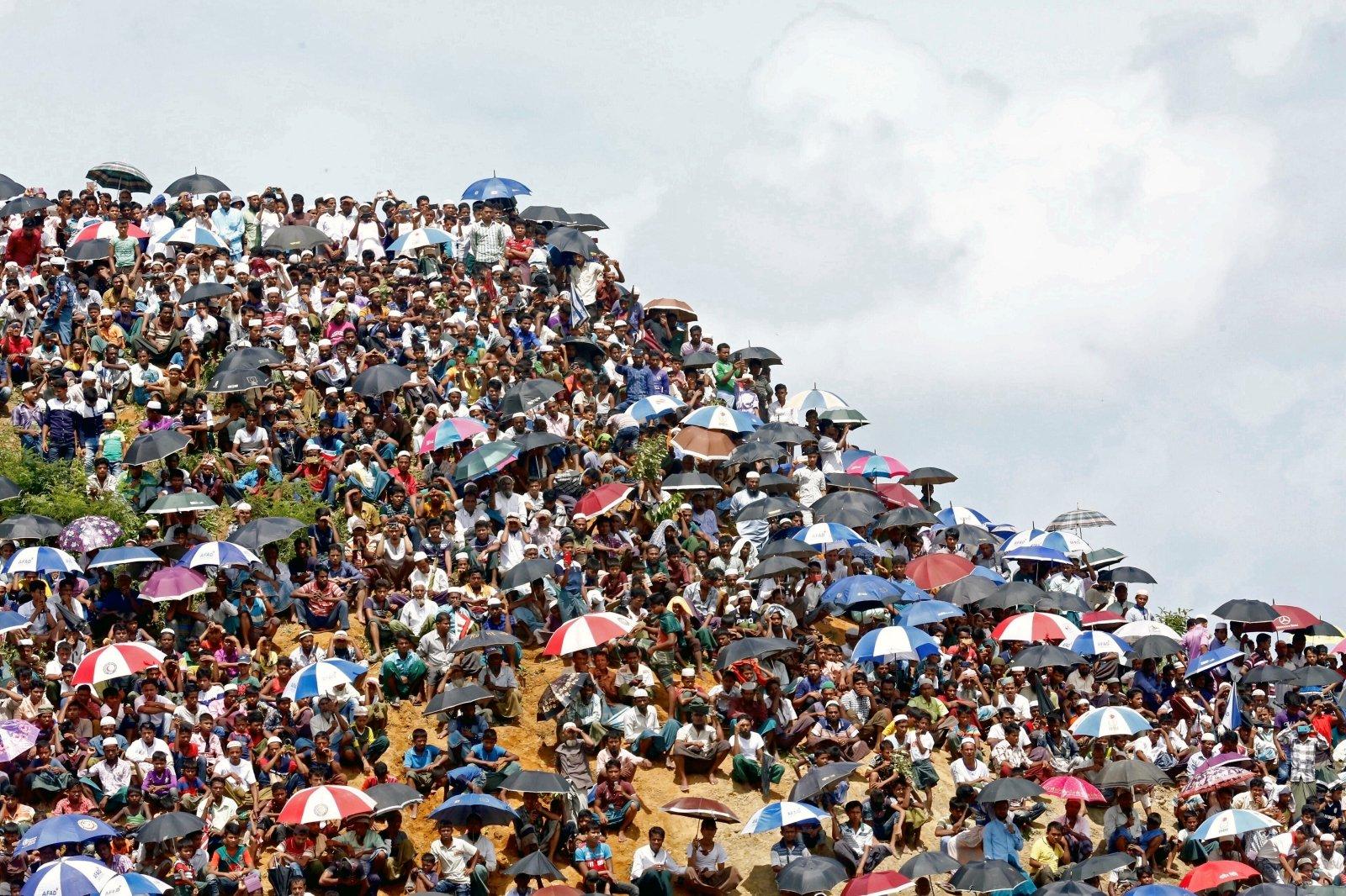Image result for С начала года в Европу по Средиземному морю прибыло 68113 мигрантов и беженцев