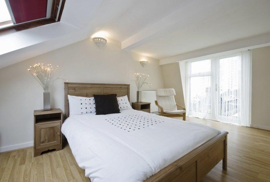 small attic bedroom decorating ideas - Miegamasis palėpėje romantikams DELFI Gyvenimas