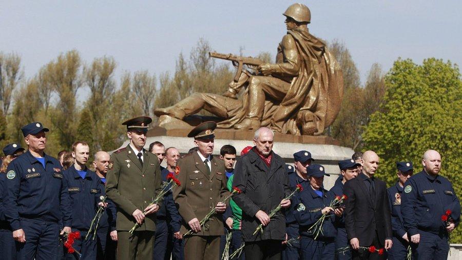 Институт национальной памяти Польши призвал сносить советские памятники