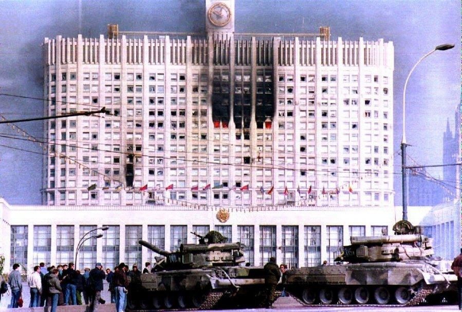 https://g3.dcdn.lt/images/pix/parlamento-sturmas-rusijoje-1993-metais-62951594.jpg