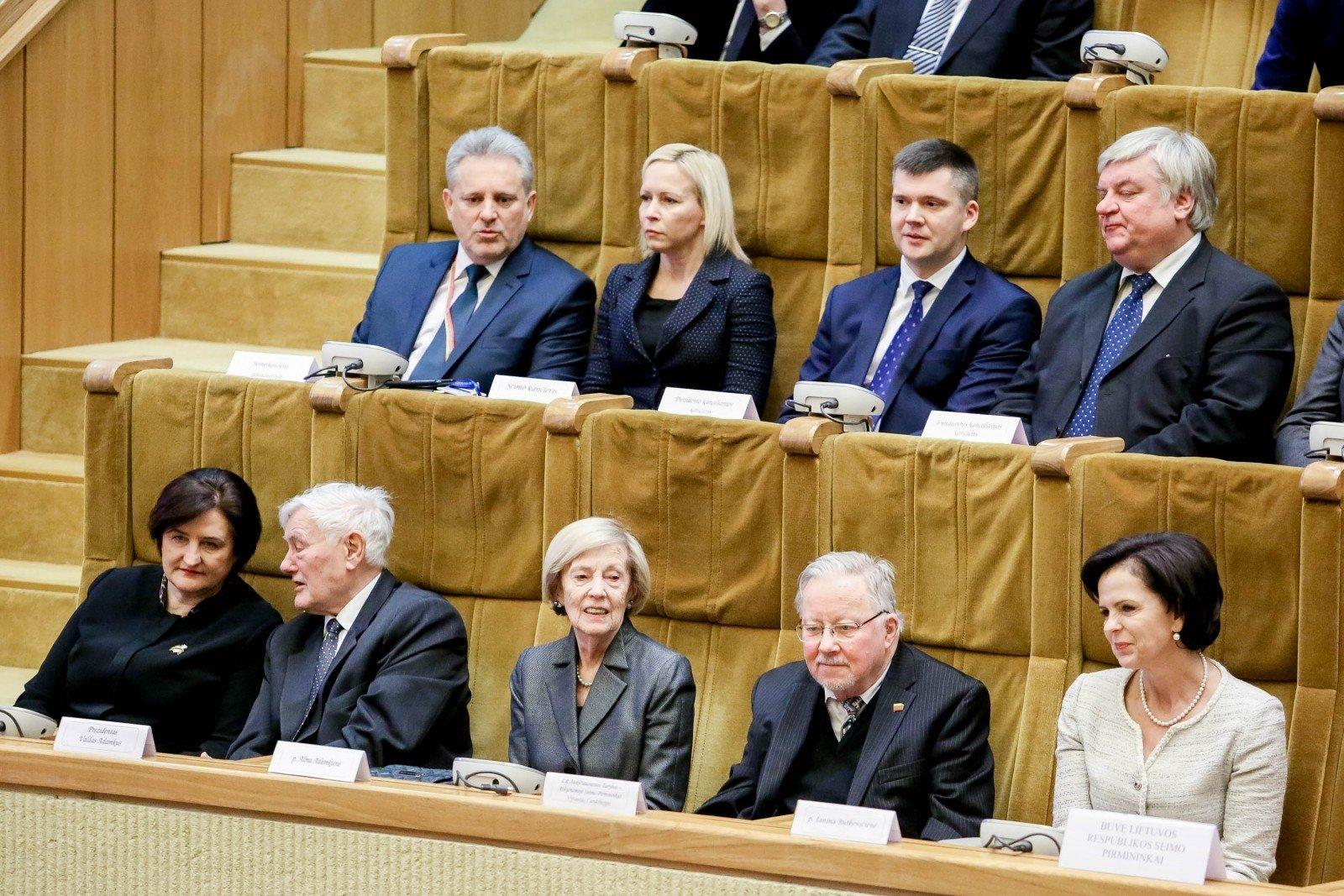 Новый парламент Литвы начал свое первое совещание