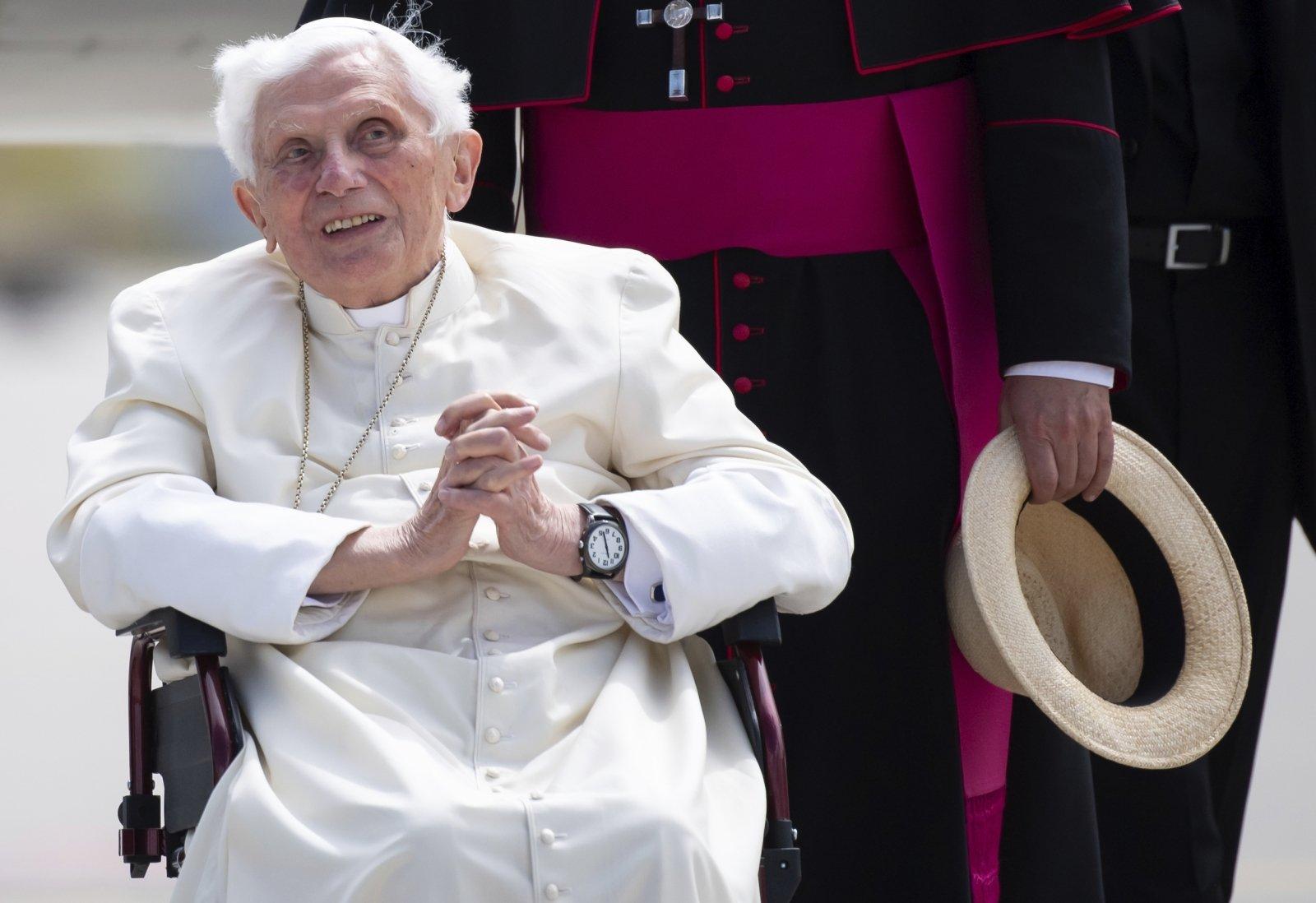 Блэкаут в Ватикане. Римский Папа полчаса сидел в лифте