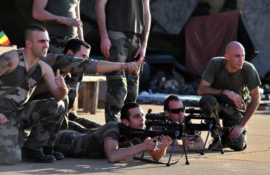 Руководитель МВД Франции призвал патриотов вступить врезерв правоохранительных органов