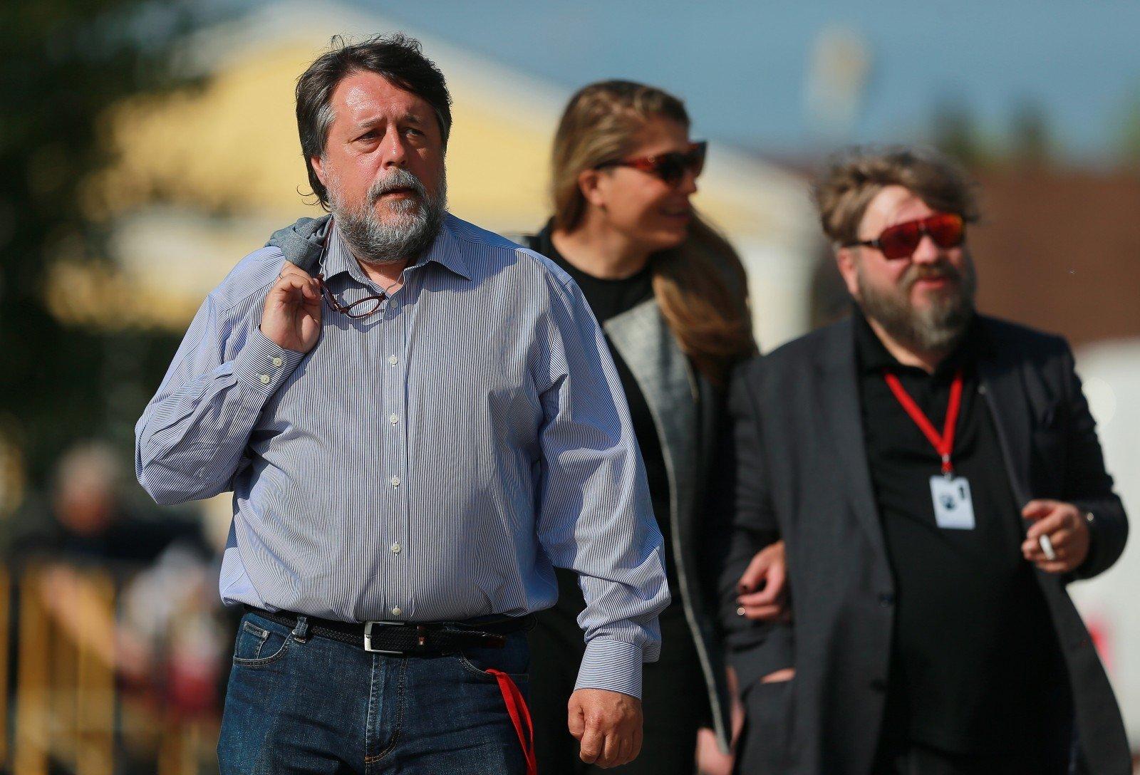 Кинорежиссер Манский получил Гран-при вКарловых Варах за«Свидетелей Путина» #kultura1kb