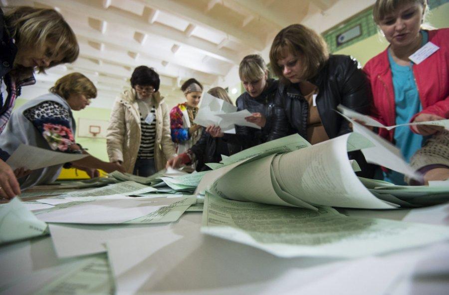Саратовский избирком назвал идентичные результаты «Единой России» на различных участках «математическим совпадением»