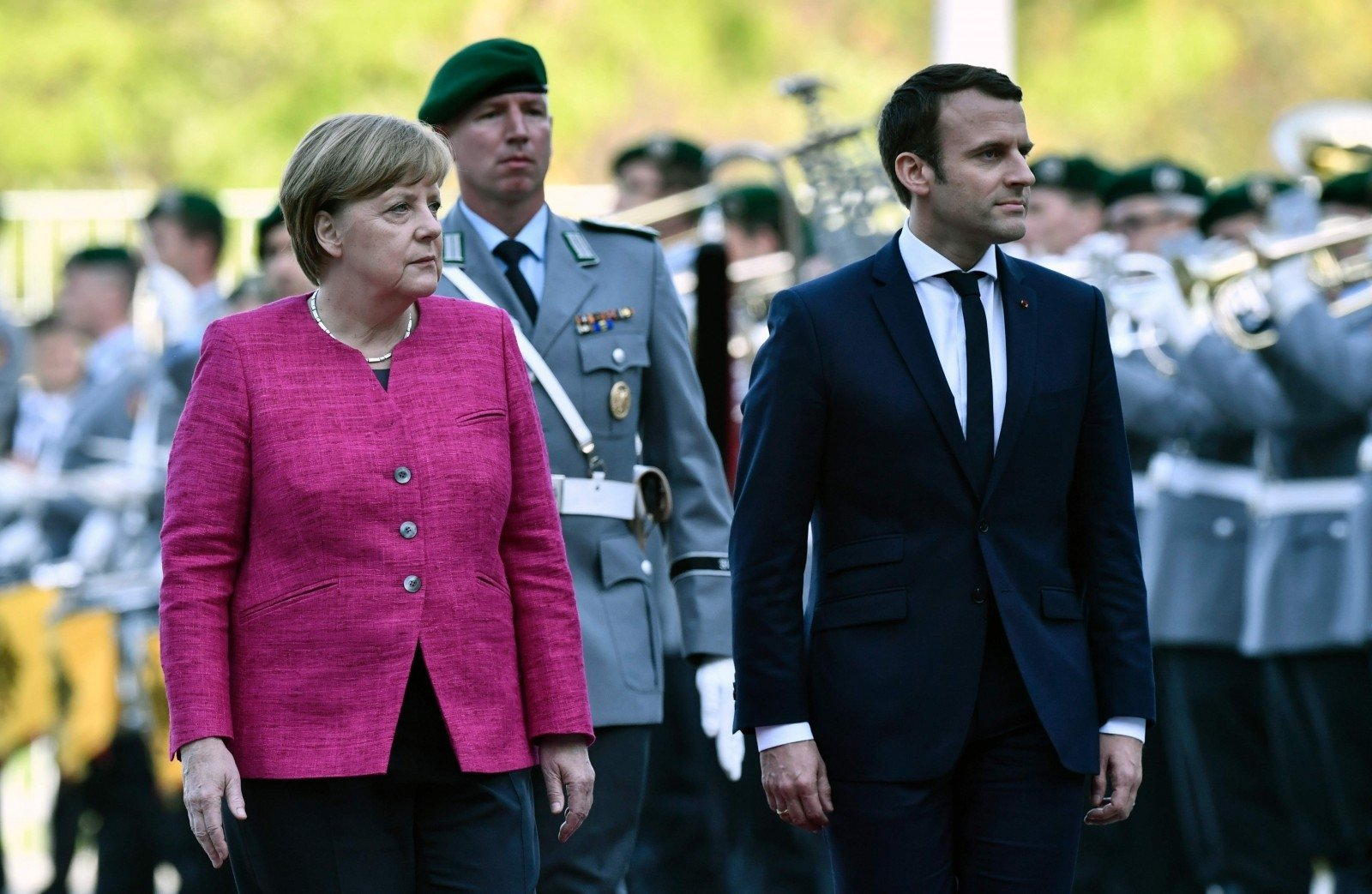 Susitiko E. Macronas ir A. Merkel