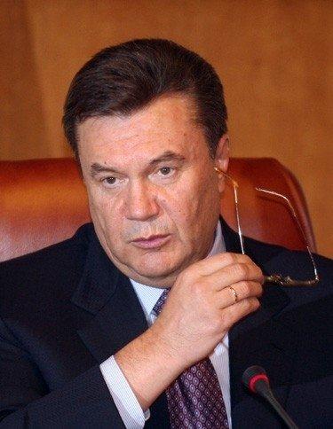 Украина: Янукович обещает, что штурма Майдана не будет