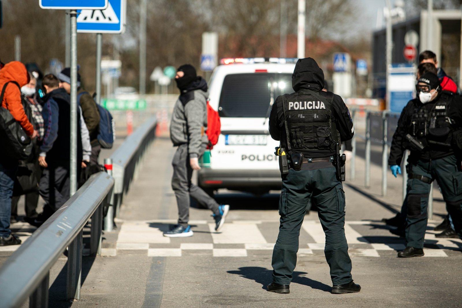 Рада ввела штраф за перевозку детей без автокресла