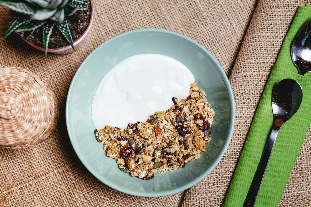 Moterys kasdien valgė po 340 g jogurto: kaip tai paveikė jų sveikatą