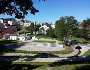<span>Ukmergės miesto viešosios turizmo infrastruktūros vystymas</span>Projekto vykdytojas: Ukmergės rajono savivaldybės administracija